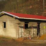 Das Dach wurde durch die Firma Butterbach GmbH eingebaut.